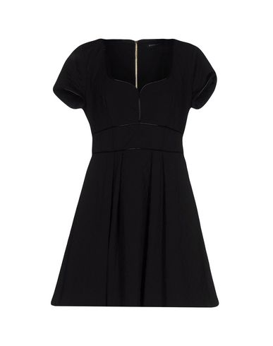 Короткое платье MANGANO 34731346XT