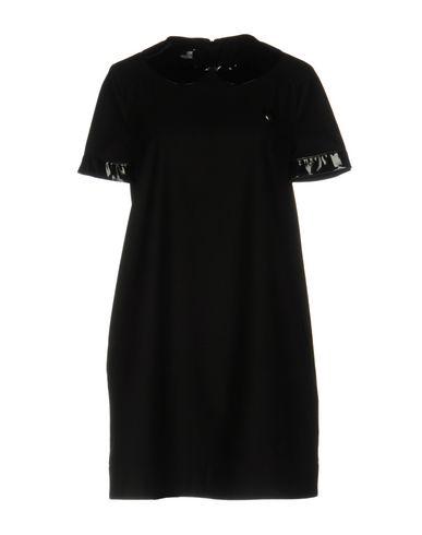 Короткое платье LOVE MOSCHINO 34733336FF