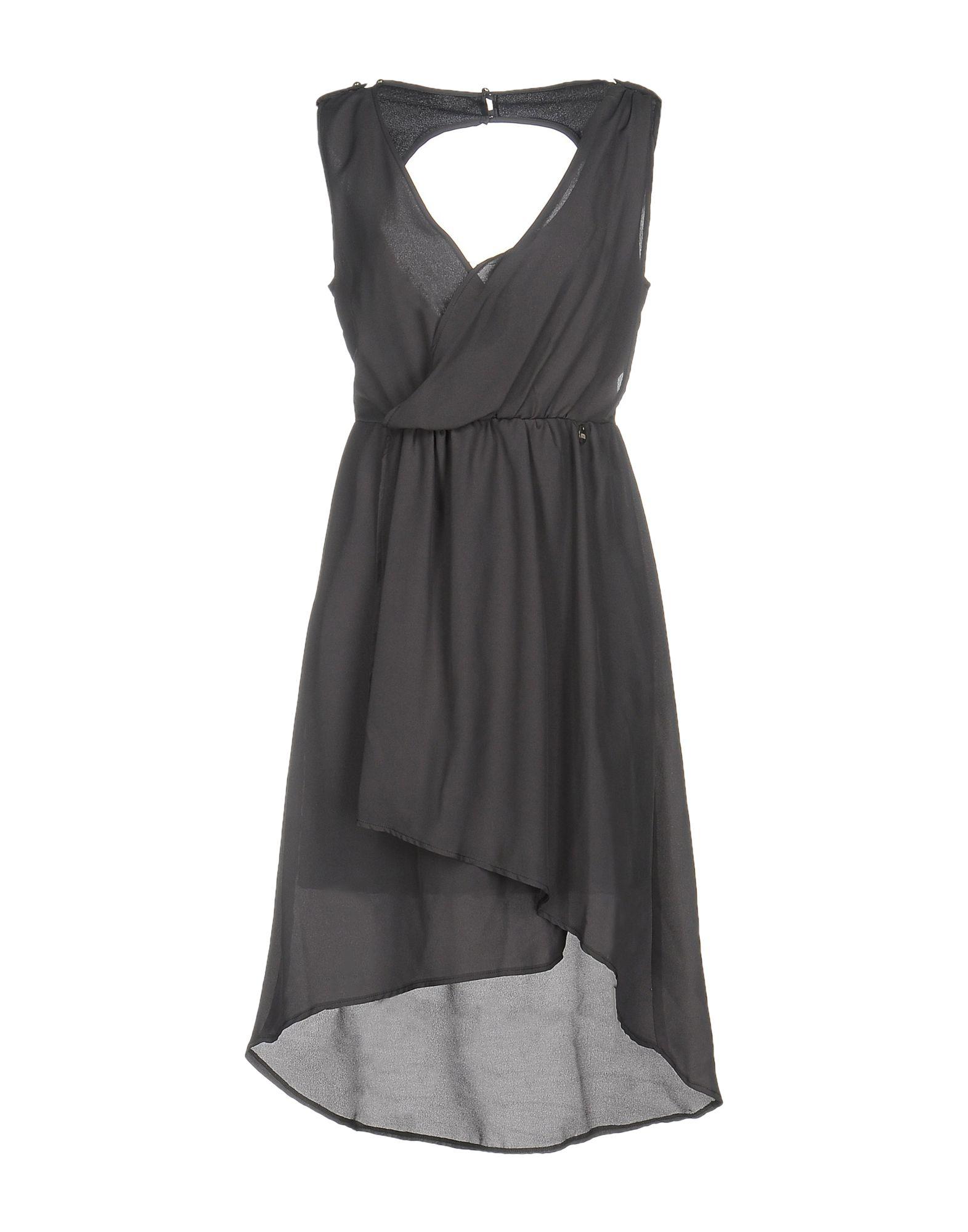 цена  MET & FRIENDS Платье до колена  онлайн в 2017 году