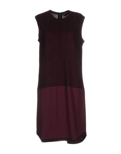 Короткое платье SALVATORE FERRAGAMO 34737030DR