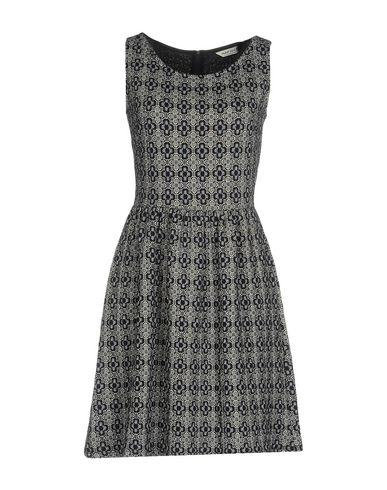 Короткое платье NAF NAF 34737191UD