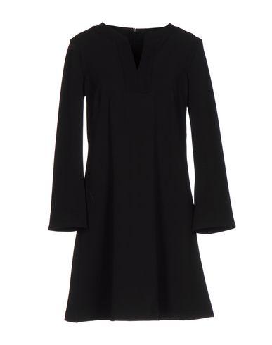 Короткое платье от 24.25