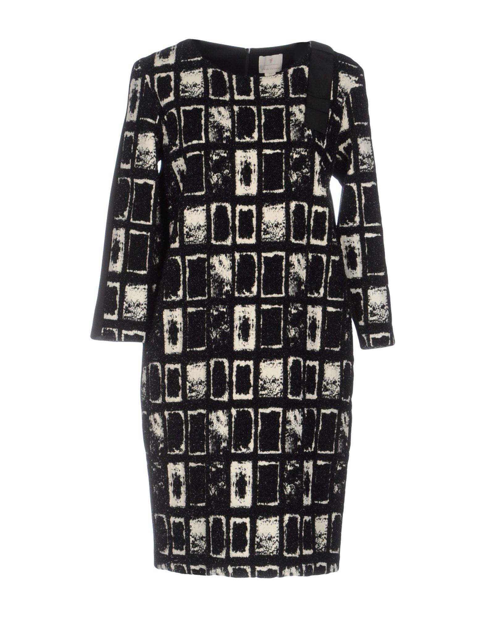 где купить  VIA DEI CICLAMINI Короткое платье  по лучшей цене