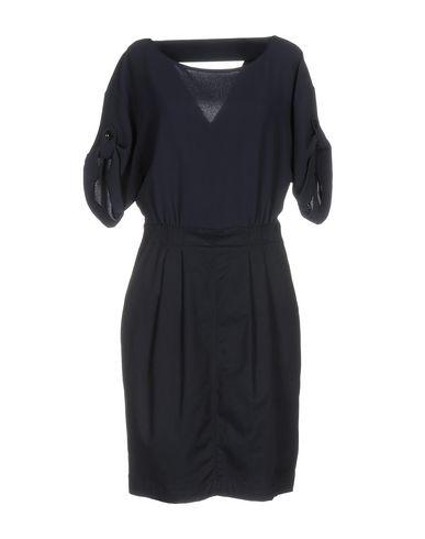 Короткое платье BURBERRY 34747563LK