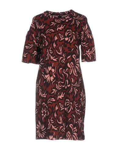 Фото - Женское короткое платье  цвет баклажанный