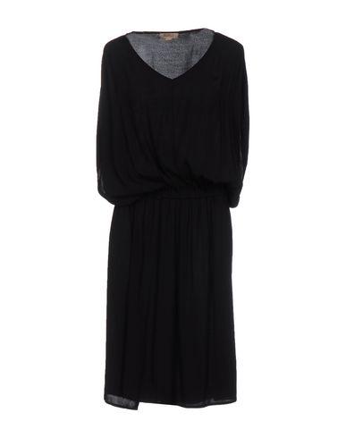 Платье до колена от CROSSLEY
