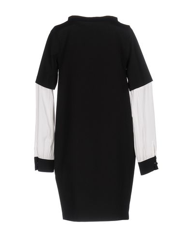 Фото 2 - Женское короткое платье CRISTINAEFFE черного цвета
