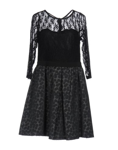 Короткое платье NOSHUA 34759353TI
