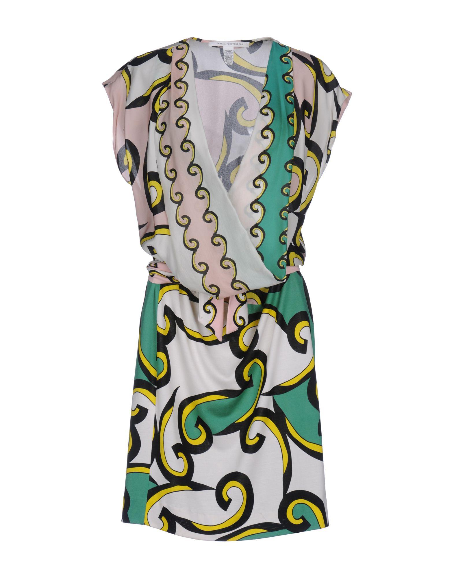 где купить  DIANE VON FURSTENBERG Платье до колена  по лучшей цене