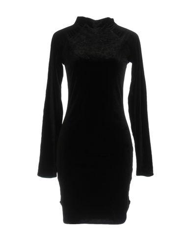 Короткое платье CHEAP MONDAY 34761657AV