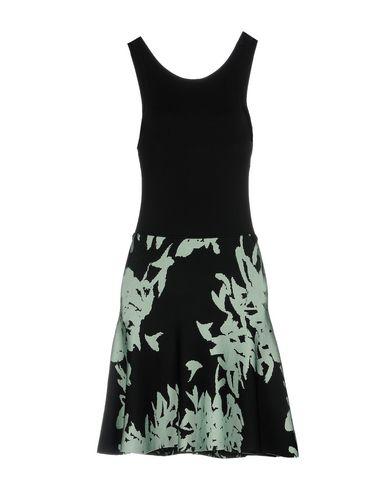 Короткое платье ISSA 34772704UU