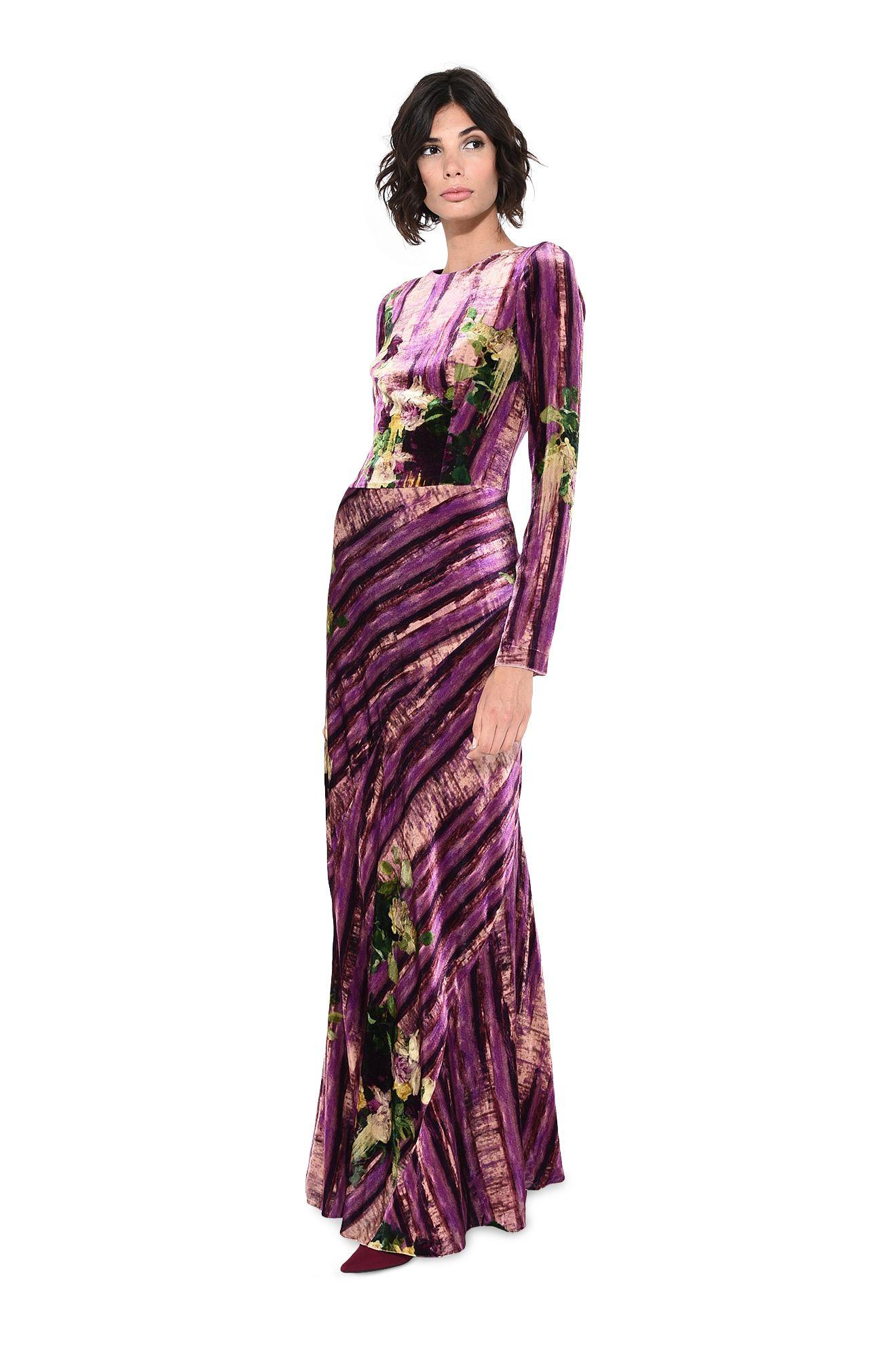 Длинное платье с цветочно-растительными мотивами