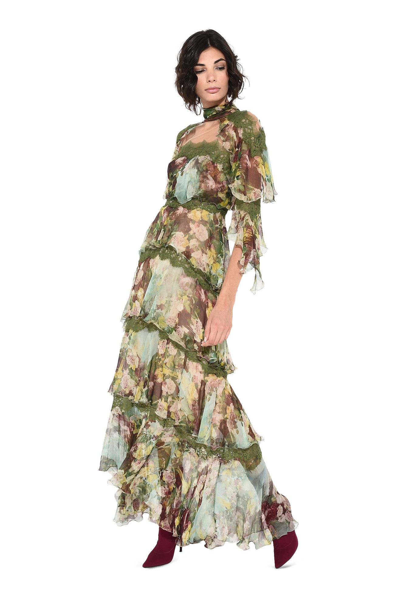 Длинное платье с оборками