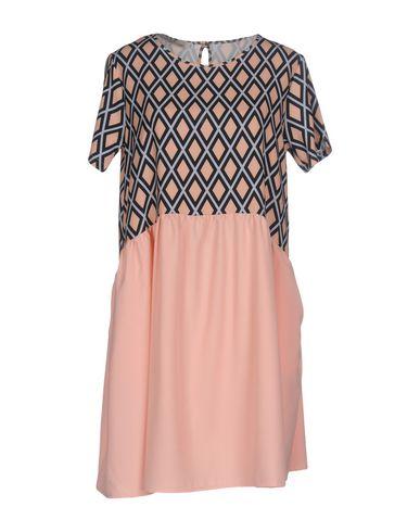 Фото - Женское короткое платье HUITDEGRÉS цвет песочный