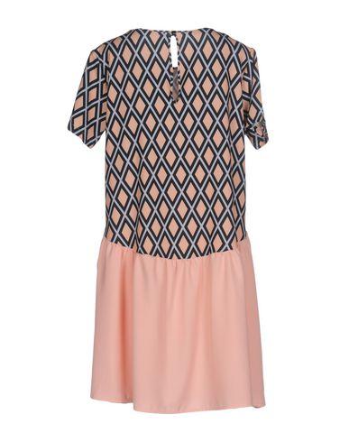 Фото 2 - Женское короткое платье HUITDEGRÉS цвет песочный