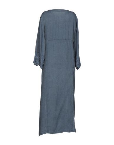 Фото 2 - Женское длинное платье 120% свинцово-серого цвета