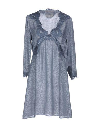Фото - Женское короткое платье PINK MEMORIES пастельно-синего цвета