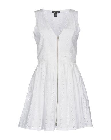 Короткое платье от CUTIE