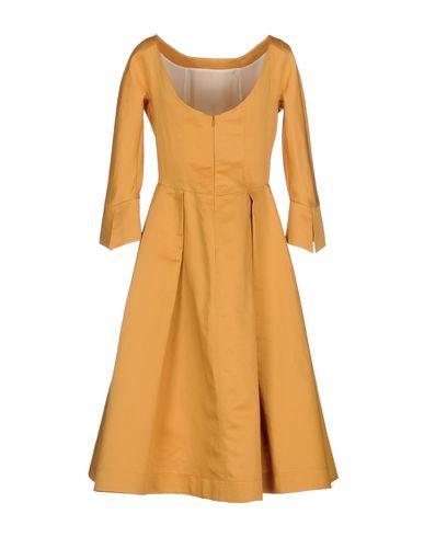 Фото 2 - Платье до колена цвет охра