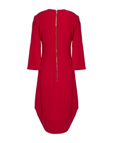 Фото 2 - Женское короткое платье  цвет пурпурный