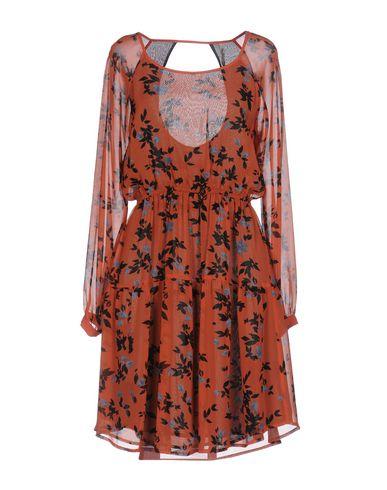 Купить Женское короткое платье  ржаво-коричневого цвета