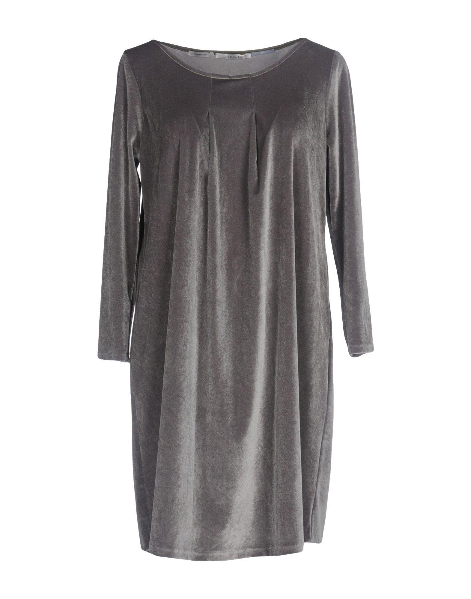 FAIRLY Короткое платье недорго, оригинальная цена