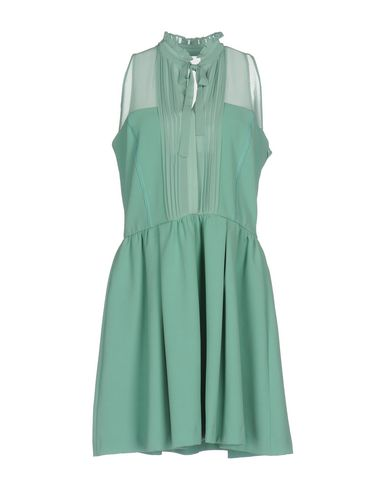 Фото - Женское короткое платье  зеленого цвета