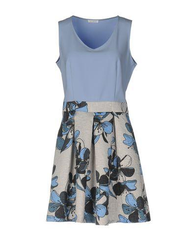 Фото - Женское короткое платье DOISÈ небесно-голубого цвета