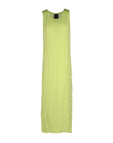 Фото - Платье длиной 3/4 от TWIN-SET JEANS светло-зеленого цвета