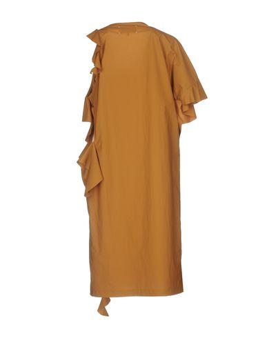 Фото 2 - Платье до колена цвет верблюжий