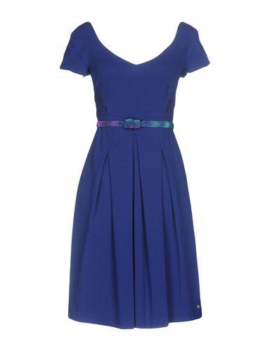 Фото - Женское короткое платье VDP COLLECTION ярко-синего цвета