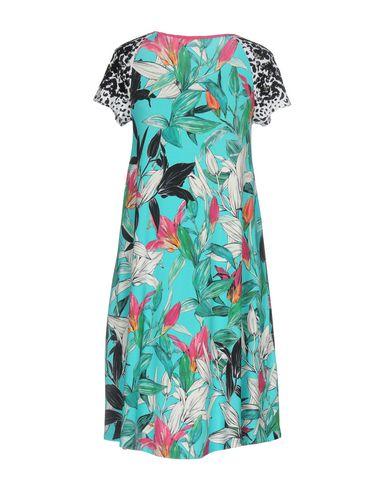 Фото 2 - Женское короткое платье VDP COLLECTION бирюзового цвета