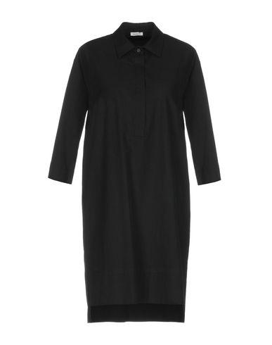 Фото - Женское короткое платье P.A.R.O.S.H. черного цвета
