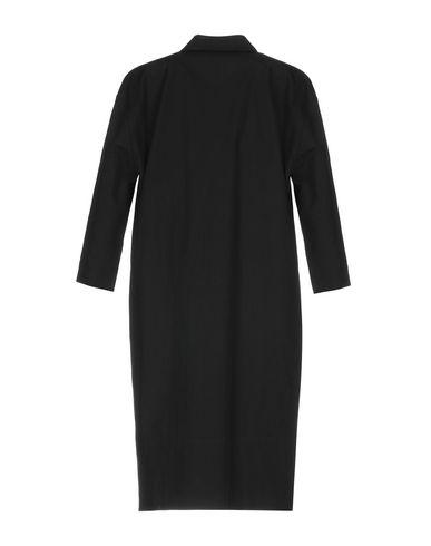 Фото 2 - Женское короткое платье P.A.R.O.S.H. черного цвета
