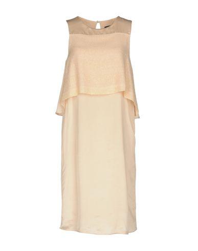 Фото - Платье до колена от KATIA G. светло-розового цвета