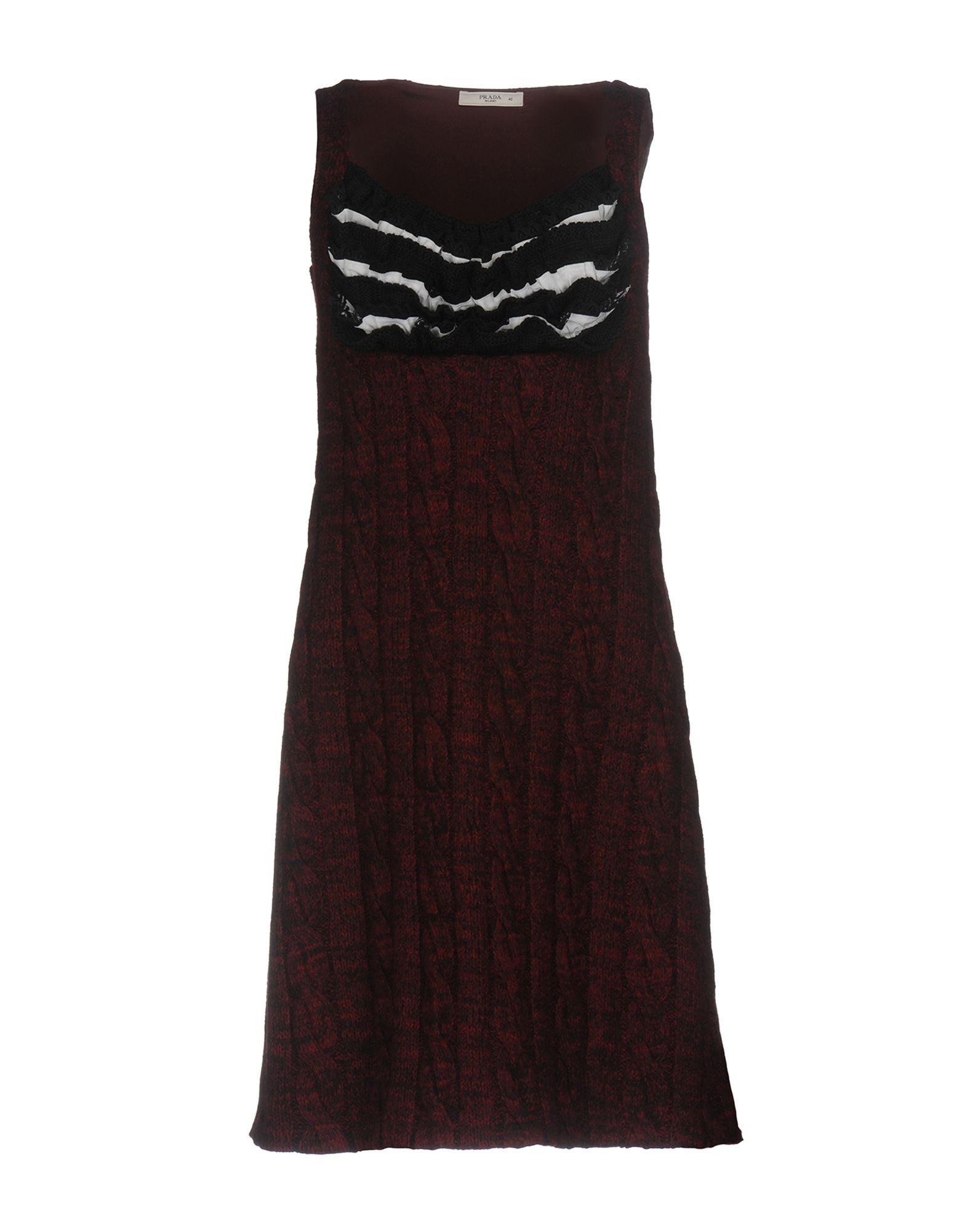 PRADA Damen Kurzes Kleid Farbe Bordeaux Größe 3 - broschei