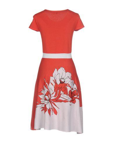Фото 2 - Женское короткое платье VDP COLLECTION ржаво-коричневого цвета