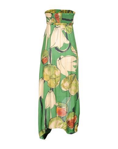 Фото 2 - Платье длиной 3/4 зеленого цвета