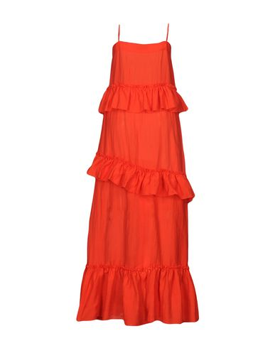 Фото 2 - Женское длинное платье WEILI ZHENG красного цвета