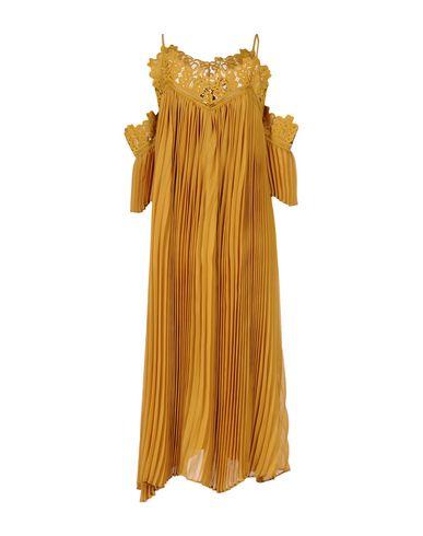 Фото 2 - Платье длиной 3/4 от WEILI ZHENG цвет охра