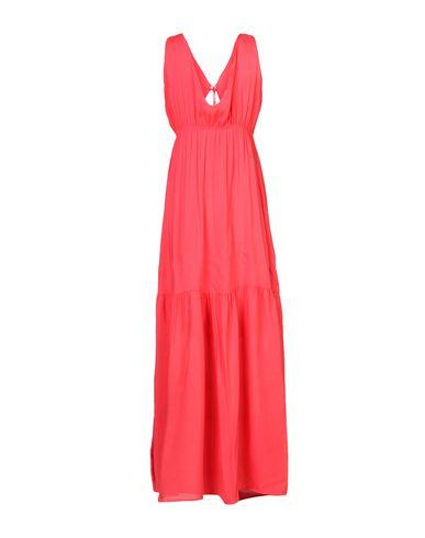 Фото 2 - Платье длиной 3/4 кораллового цвета