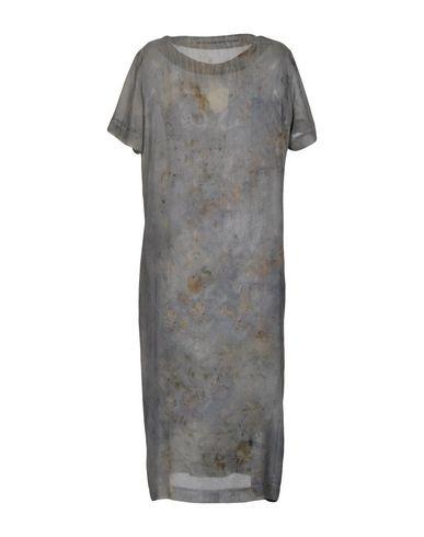 Фото 2 - Платье длиной 3/4 от MAISON LAVINIATURRA свинцово-серого цвета