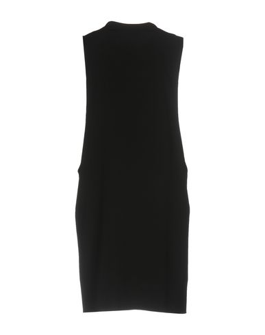 Фото 2 - Женское короткое платье BERNA черного цвета