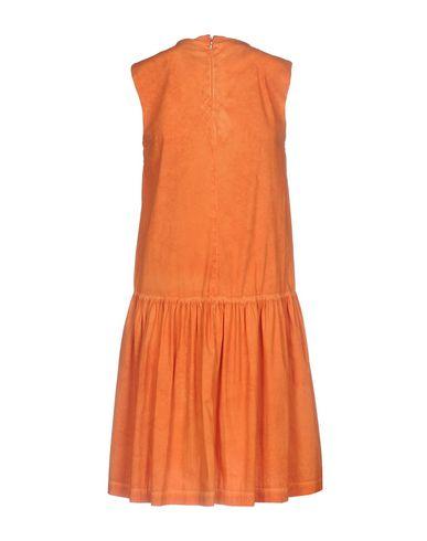 Фото 2 - Женское короткое платье JIJIL оранжевого цвета