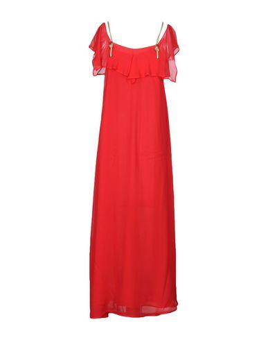 Фото 2 - Женское длинное платье  красного цвета