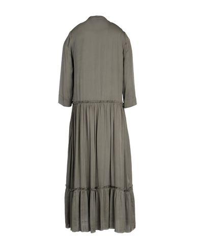 Фото 2 - Платье длиной 3/4 темно-зеленого цвета
