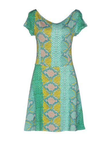 Фото - Женское короткое платье  светло-зеленого цвета