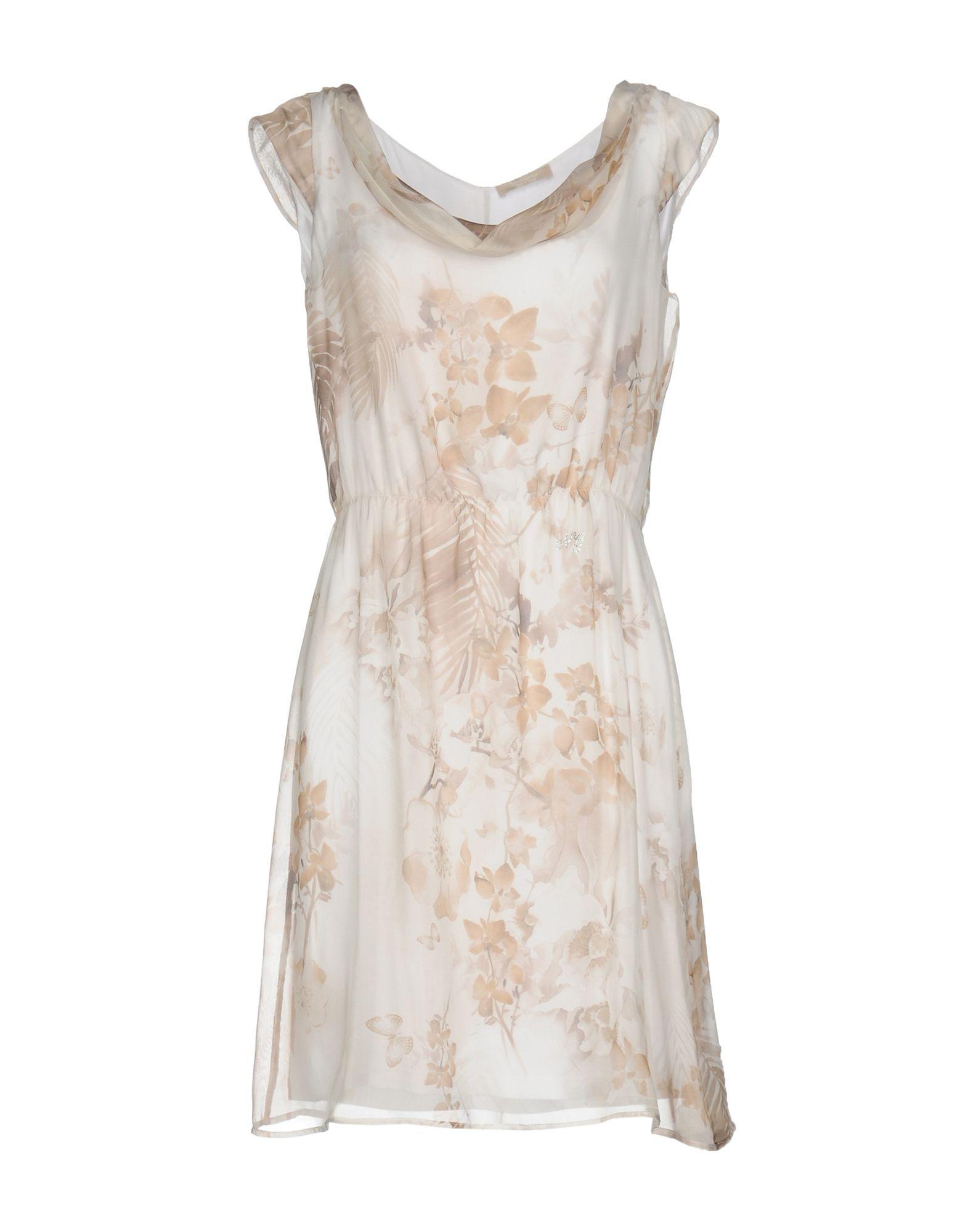 NERO GIARDINI Короткое платье costumenemutso платье costumenemutso w121104 fab136 nero 44 черный