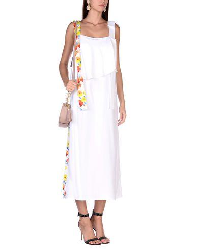 Фото 2 - Женское длинное платье MSGM белого цвета