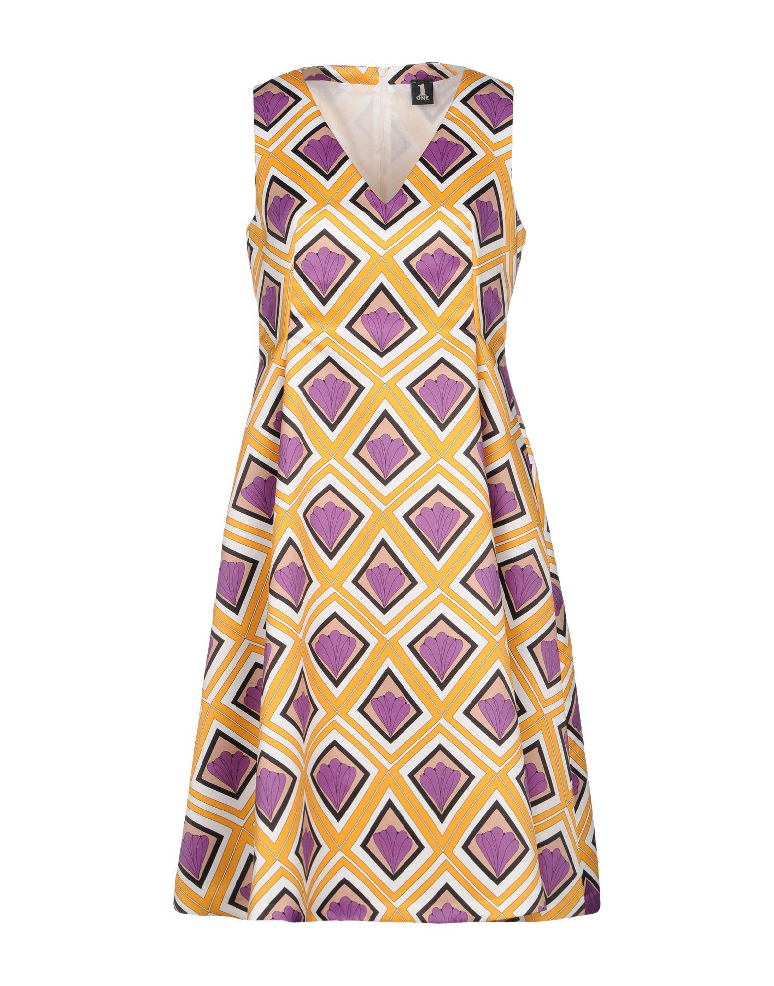 купить 1-ONE Платье до колена по цене 13300 рублей
